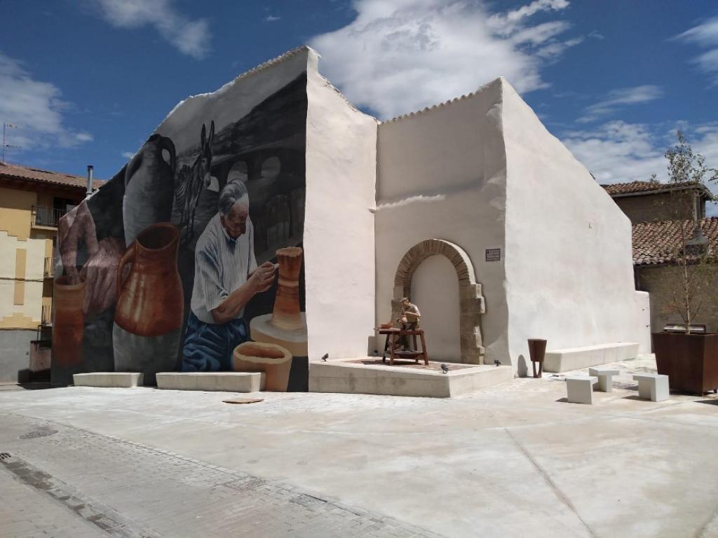 Nueva plaza de la Alfareria en Lumbier (Navarra)